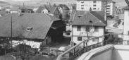"""Schlieren, Foto: anonym, 8x12 cm, Baryt, Archiv: Jost Bau AG, Ordner violett, """"Alte Lilie / Div. Umbauten bis 1997"""""""